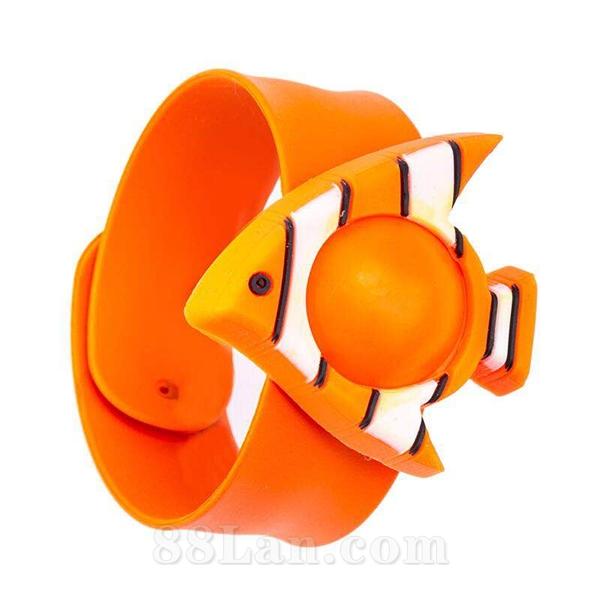 驱蚊手环-橙鱼